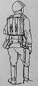 Подносчик 50-РМ в облегченном походном снаряжении, с вьюком для лотков