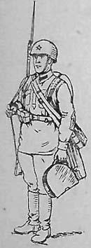 Помощник наводчика ручного пулемёта в полном походном снаряжении