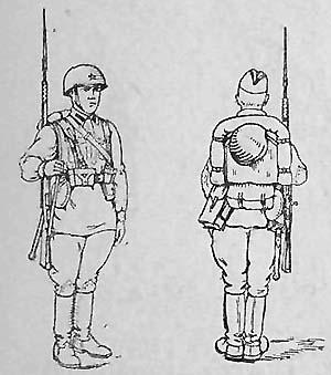 Стрелок-автоматчик в полном походном снаряжении с ранцем обр. 1936 г.